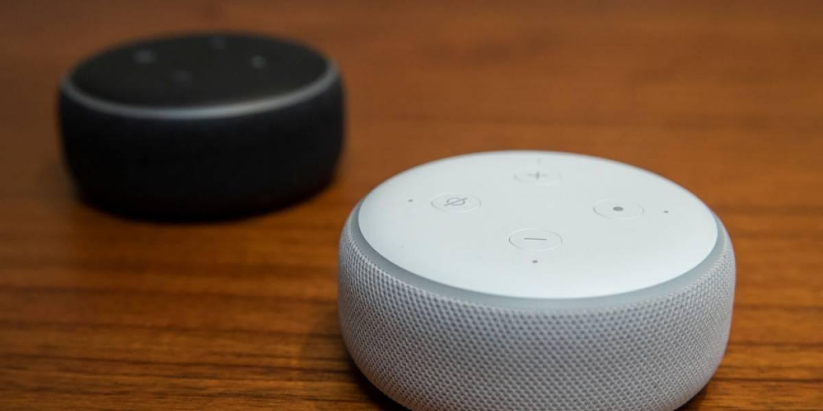 ¿Quieres evitar que Amazon revise las conversaciones que tienes con Alexa? Te enseñamos cómo hacerlo