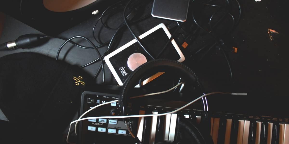Projeto leva jovens cantoras para gravar de graça em estúdio