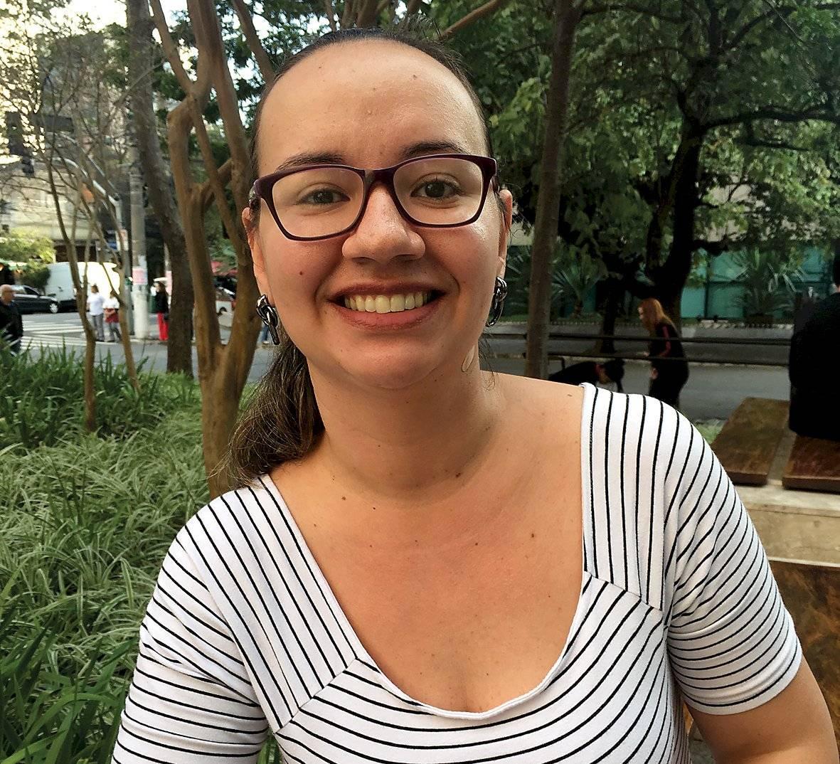 Tathyane Menezes, 34 anos, cozinheira, não-fumante Letícia Tanaka/Metro