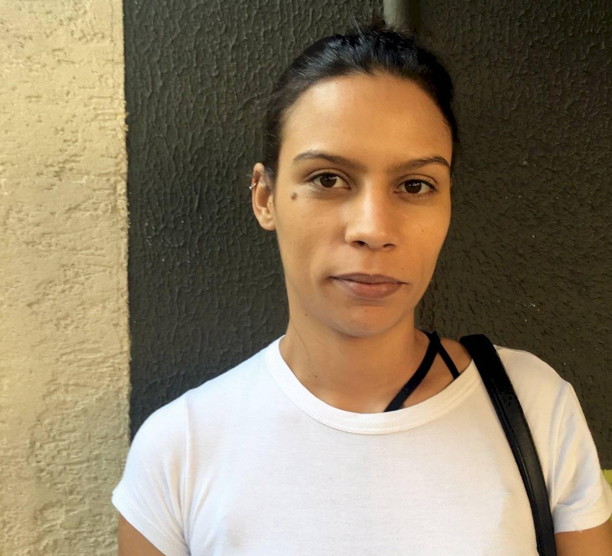 Thais de Oliveira Silva, 27 anos, sub-chef de cozinha, fumante Letícia Tanaka/Metro