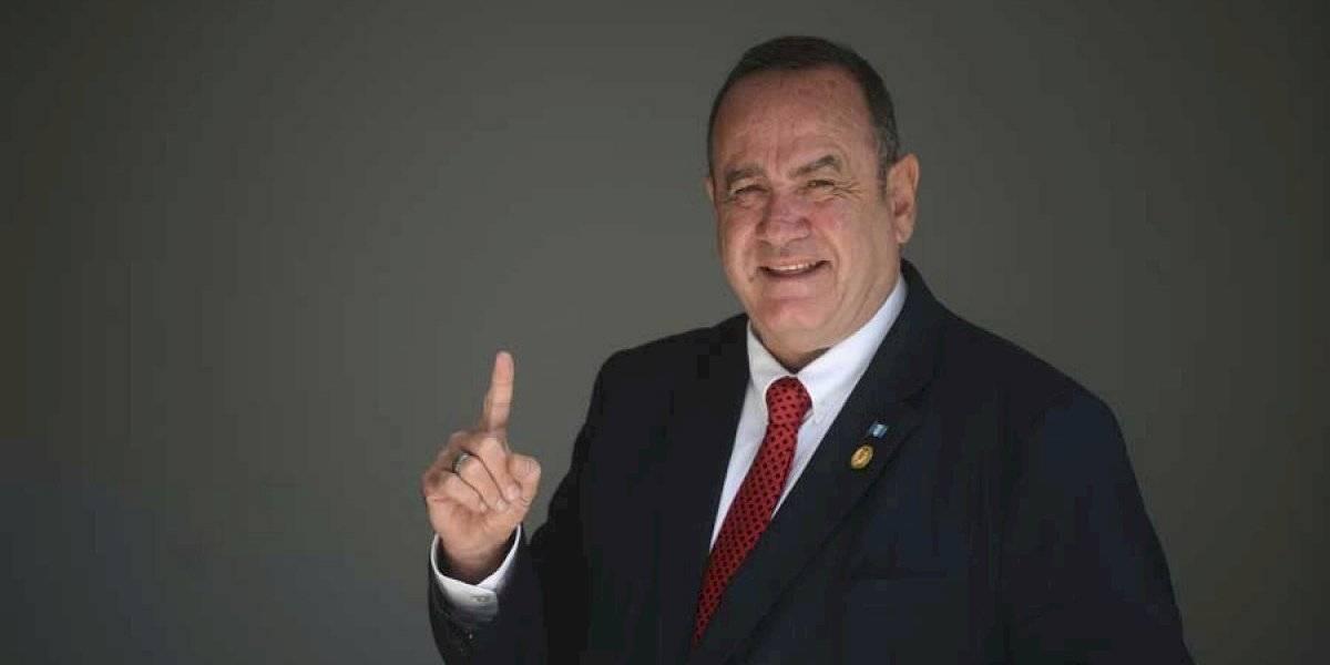 """El """"lado b"""" del candidato a la presidencia Alejandro Giammattei"""