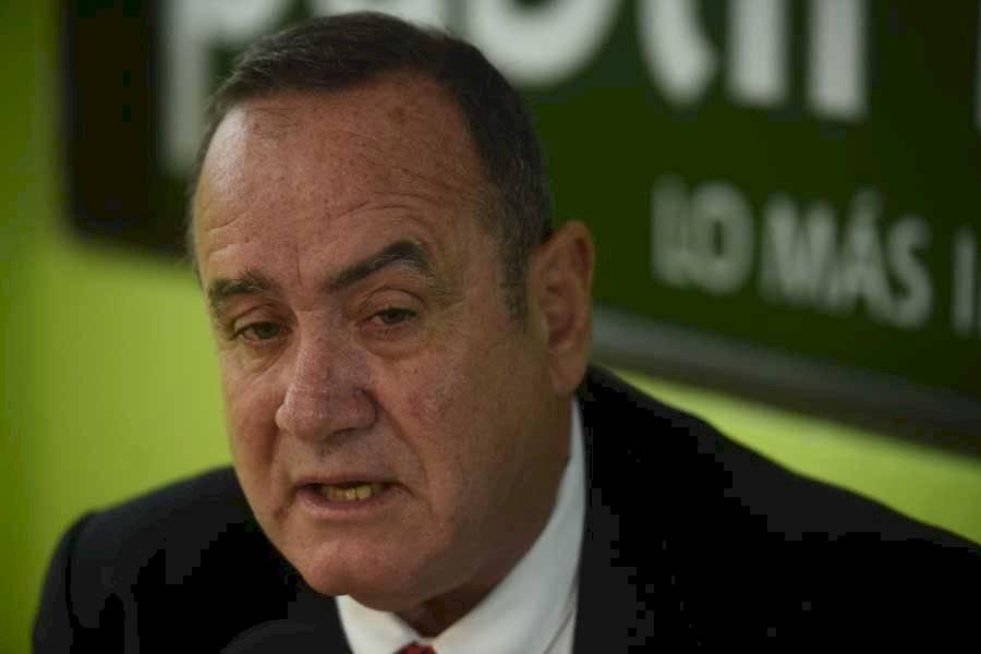 Alejandro Giammattei Falla, candidato del partido VAMOS
