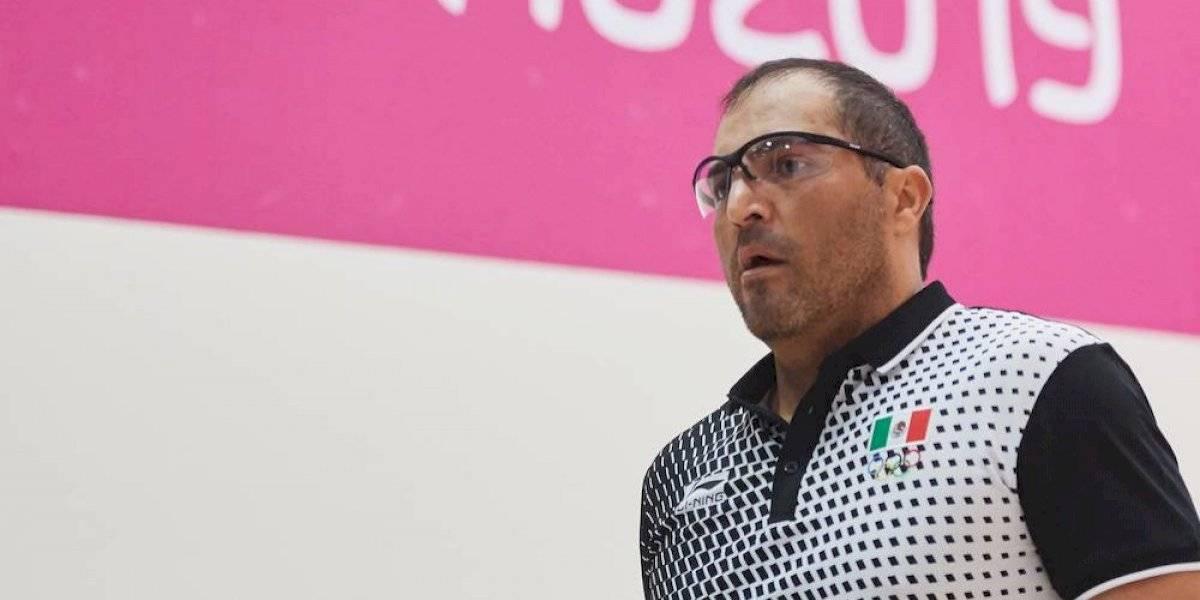 Álvaro Beltrán rompe muro de cristal durante la final de raquetbol de Lima 2019