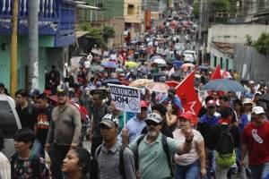 Manifestaciones en Honduras pidiendo la renuncia del presidente