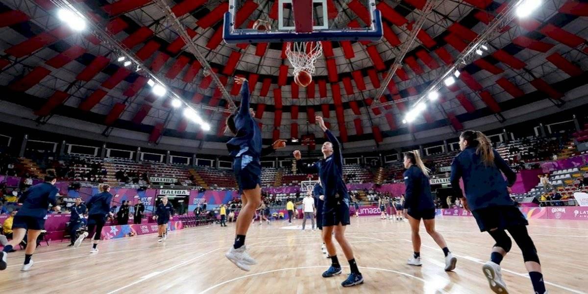 Argentina eliminada en baloncesto femenino por el uniforme — Papelón panamericano