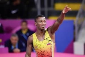 Andrés Montaño logró medalla de oro en lucha