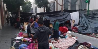 pobladores de Cajolá pernoctan frente a casa presidencial