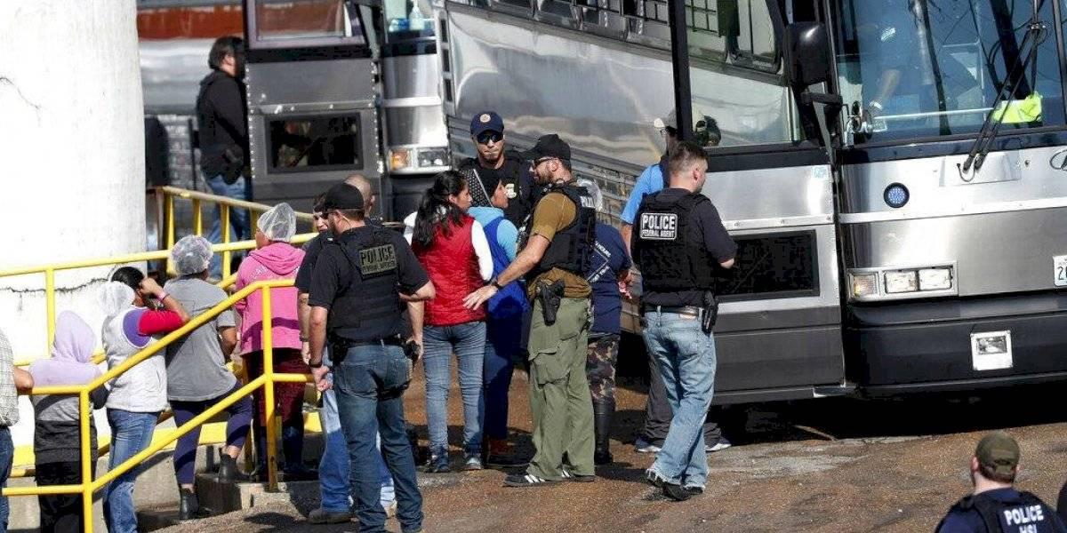 Aplaude Trump labores del Servicio de Inmigración tras las redadas en Mississippi
