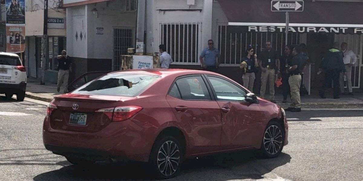 Persecución por 'carjacking' termina con un tiroteo en la avenida Luis Muñoz Rivera
