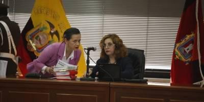 Sobornos: Fiscalía presentó como pruebas cheque por $6.000 a Rafael Correa