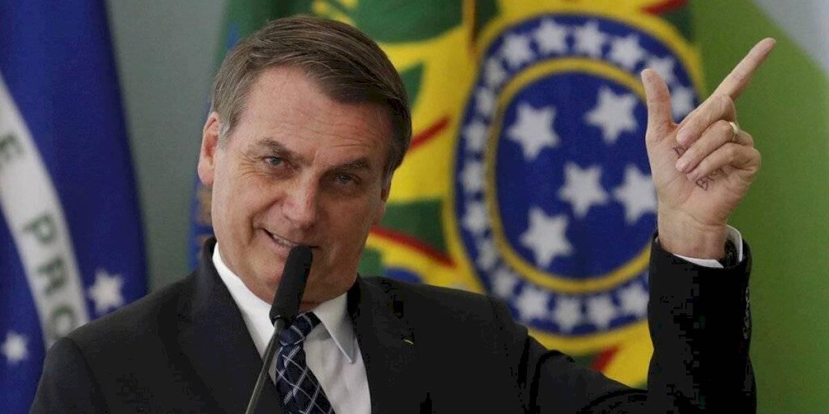 Bolsonaro elogia a militar que ordenó torturas en Brasil