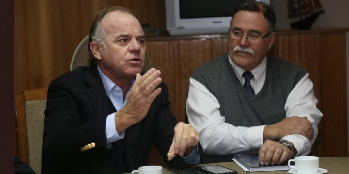 """Por la boca muere el pez: Gobierno exigió la renuncia a seremi que trató de """"limitados"""" al pueblo mapuche"""