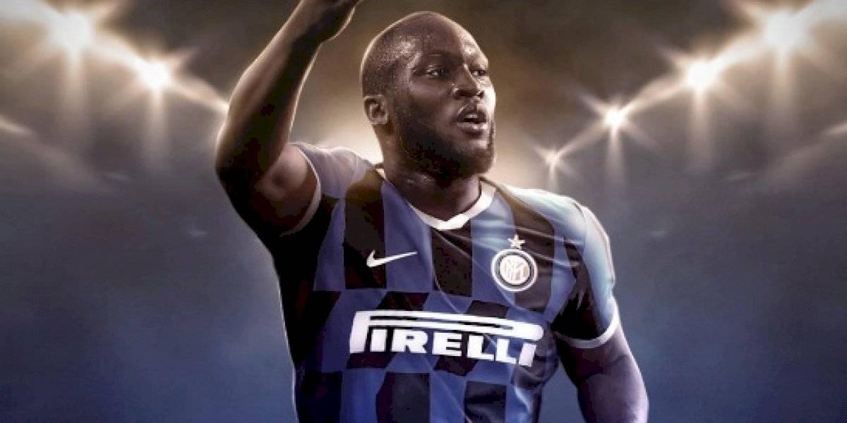 Lukaku deja solo a su amigo Alexis en Manchester United y ficha por cinco años por Inter de Milán
