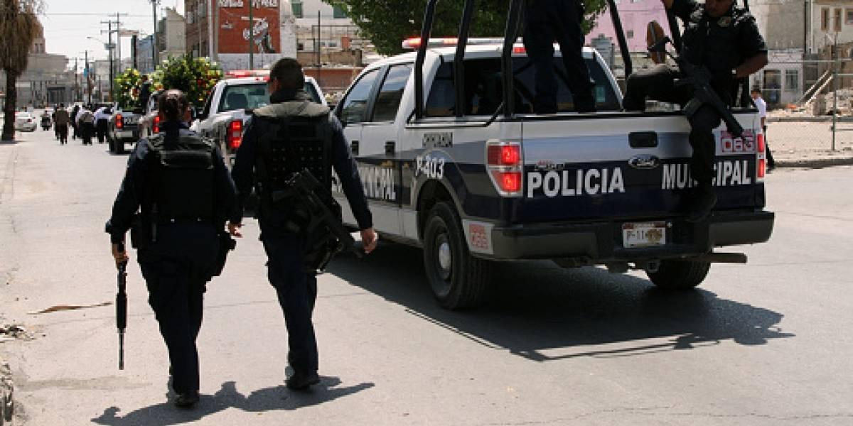 Macabro hallazgo en México: encuentran media decena de cadáveres colgando en un puente con amenazante mensaje