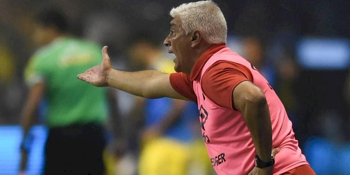 """El """"aguerrido"""" Omar De Felippe toma ventaja para convertirse en nuevo entrenador de la U"""