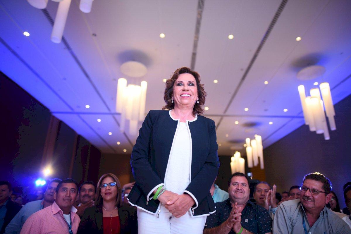 Sandra Torres se puso a disposición de la justicia guatemalteca. Foto: Edwin Bercián