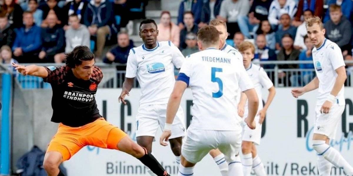 Guti y Chucky participan en triunfo del PSV en la Europa League