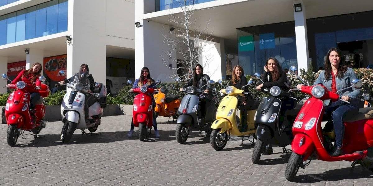 Vespa crea el primer club de mujeres motoqueras