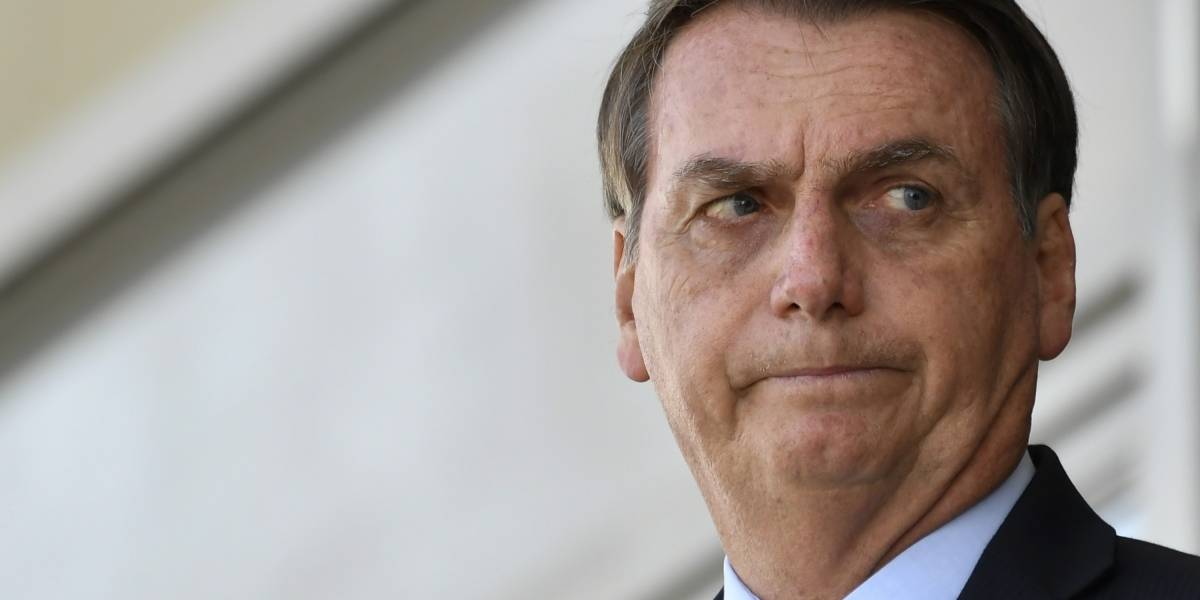 Bolsonaro volta a defender emenda do teto de gastos