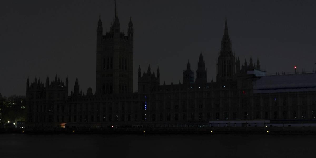 Londres a oscuras: caos vial tras corte de luz afecta a varias zonas de Reino Unido