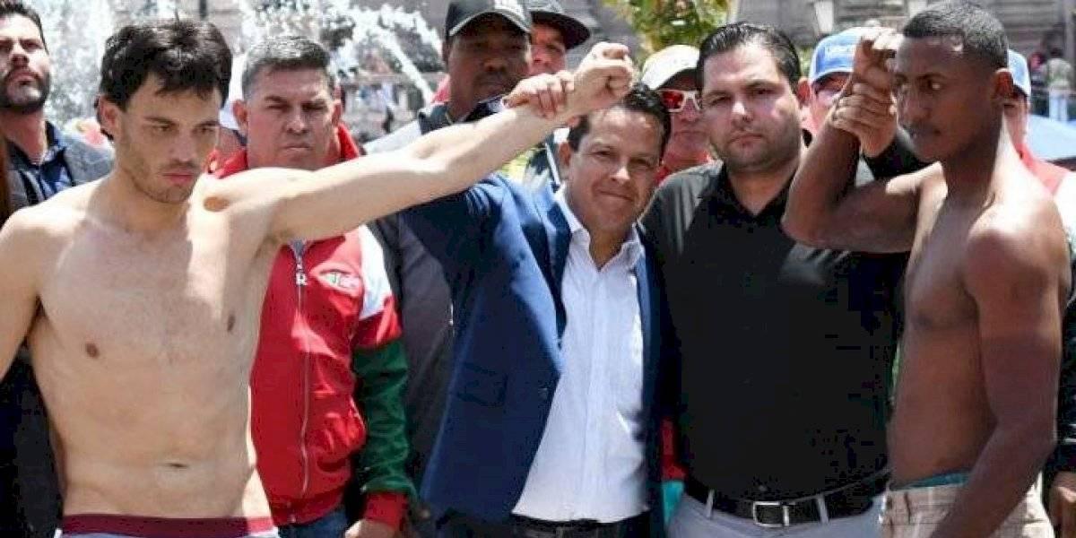 Julio César Chavez Jr y Evert Bravo superan sin problemas la báscula