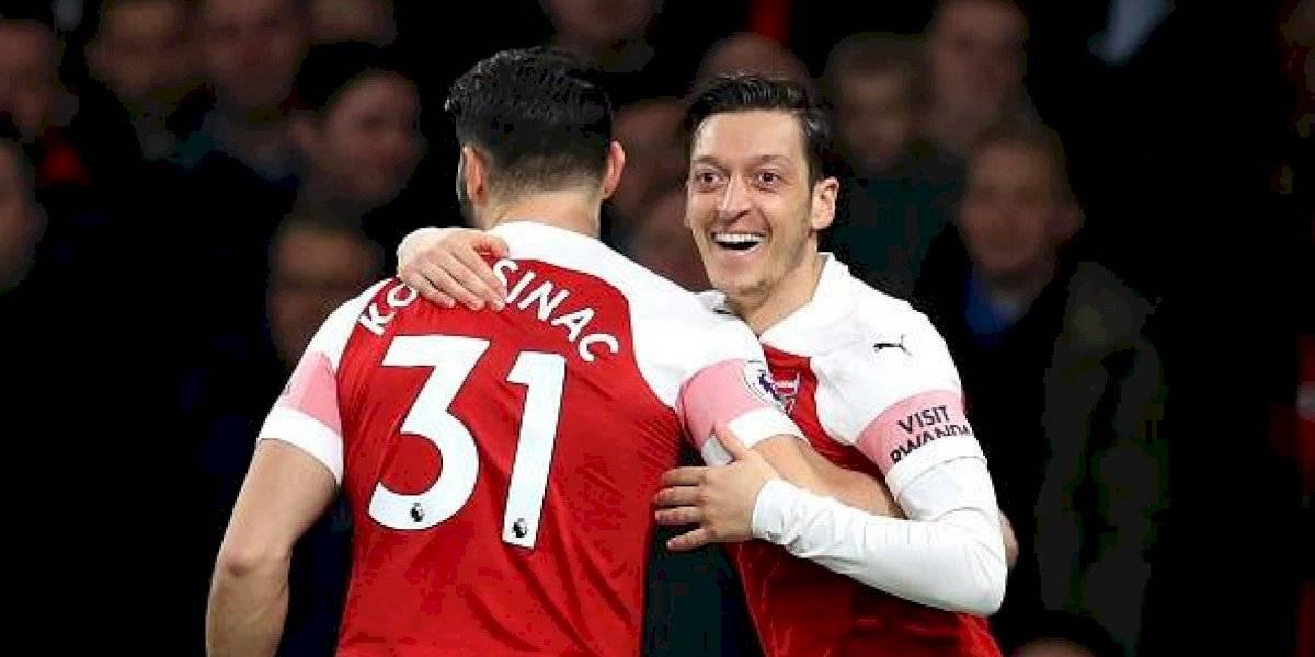 Özil aumentó su seguridad personal tras amenazas — Prensa