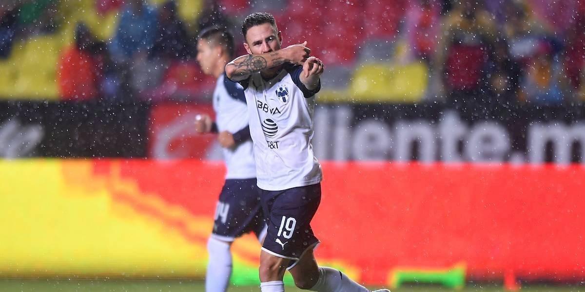 Con gol de último minuto Monterrey vence 1-0 a Morelia y consigue su primer triunfo de visita