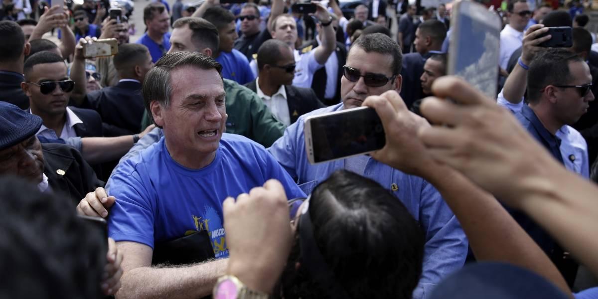 """Bolsonaro acude a la Marcha para Jesús e insiste: """"Familia es hombre y mujer"""""""