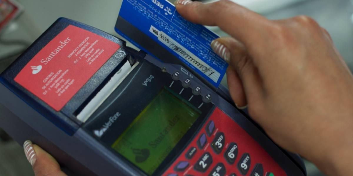 Hasta 20 millones de afectados por caída en sistema de pagos con tarjeta