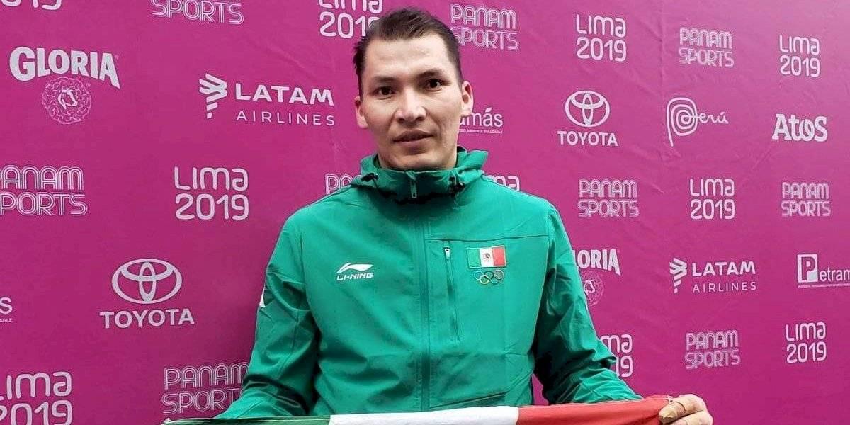 David Álvarez consigue el quinto oro de cinco posibles para México en frontón