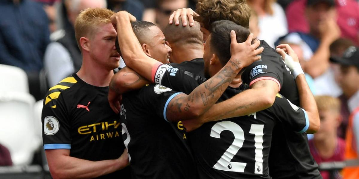 Manchester City aplastó al West Ham de Pellegrini en el arranque de la Premier League