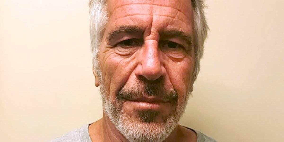 Multimillonario Jeffrey Epstein se suicidó en su celda mientras esperaba ser enjuiciado por tráfico sexual
