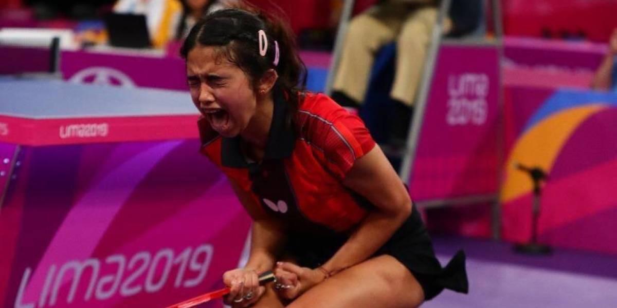 Equipo femenino de tenis de mesa gana el oro