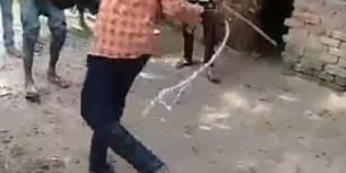 Hombre fue víctima de brutal golpiza luego de ser acusado de robarse un celular