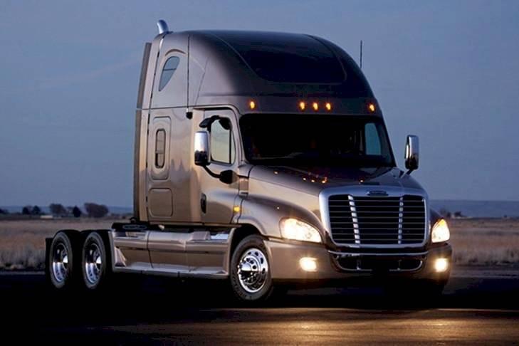 camiones-d8f2a65b8f757bb3087e9e95a07cd722.jpg