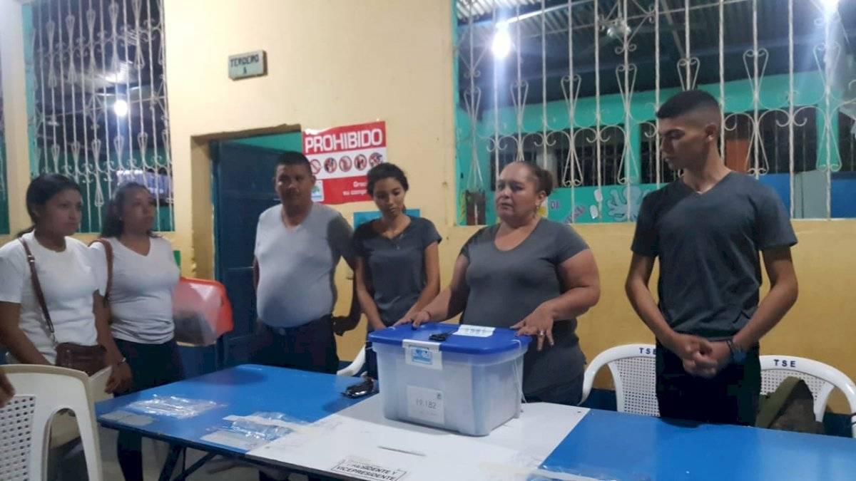 Segunda vuelta de la elección presidencial en San Jorge, Zacapa. Foto: Emisoras Unidas