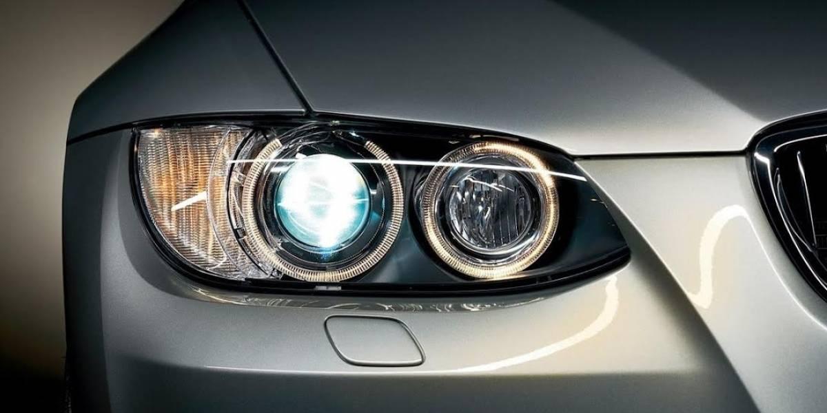 Conductores que utilizan las luces altas todo el tiempo ocasionan graves accidentes