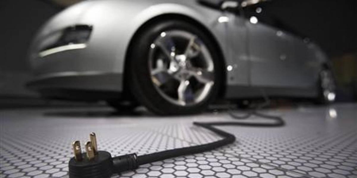 Aumentarán autos eléctricos y el car sharing, prevé académico