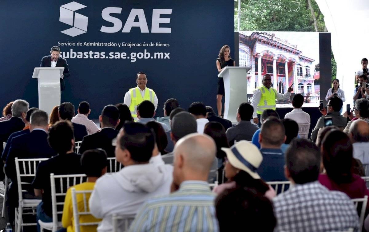 Ricardo Rodríguez Vargas, director general del SAE, en conferencia de prensa previo a la subasta. Foto: SAE
