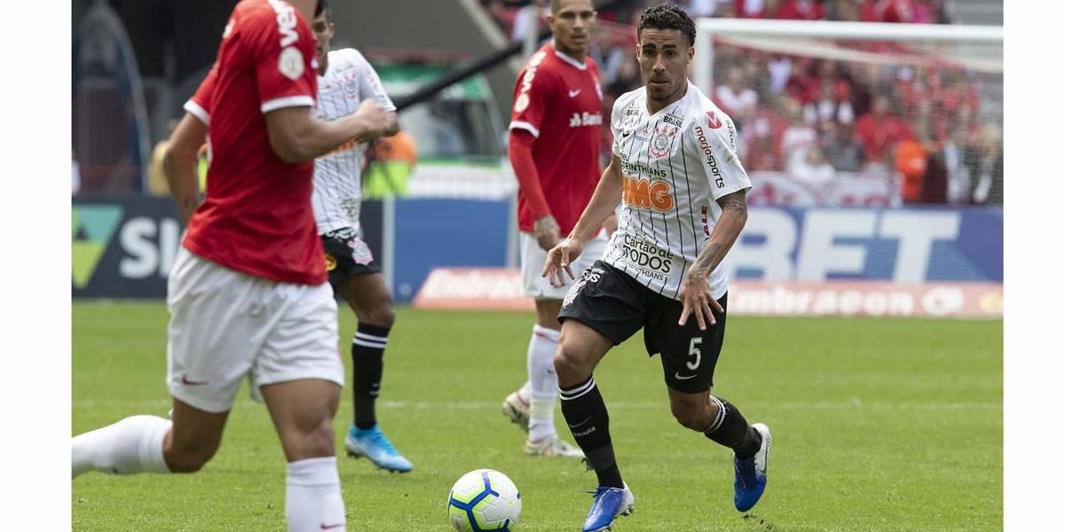 Em jogo decepcionante, Internacional e Corinthians empatam sem gols no Beira-Rio