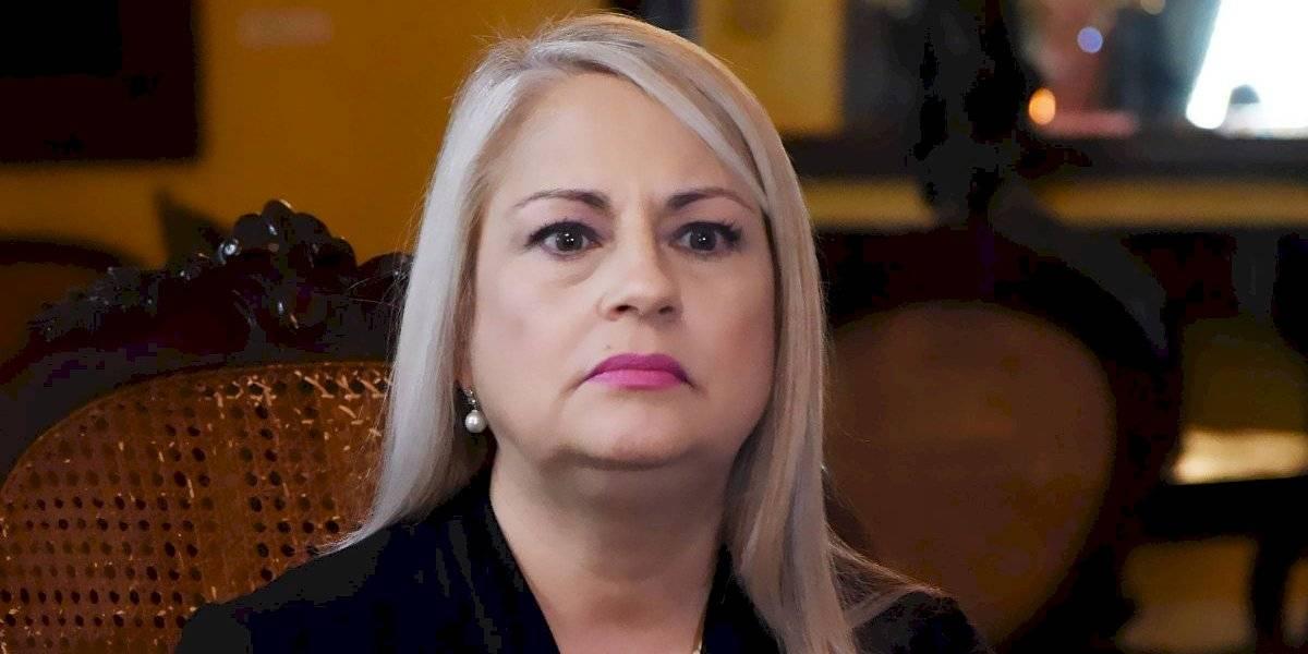 Gobernadora se acoge al silencio en medio de investigación por corrupción