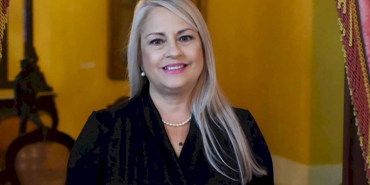 Wanda Vázquez anuncia aumento en beneficios a estudiantes universitarios