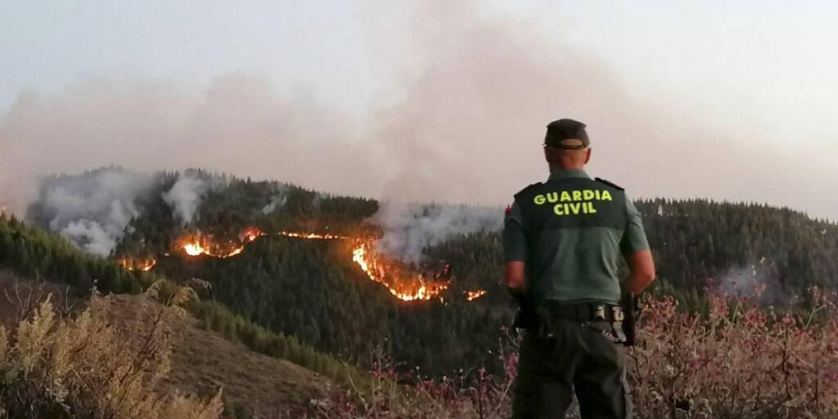Incendio en Gran Canaria afecta mil 500 hectáreas