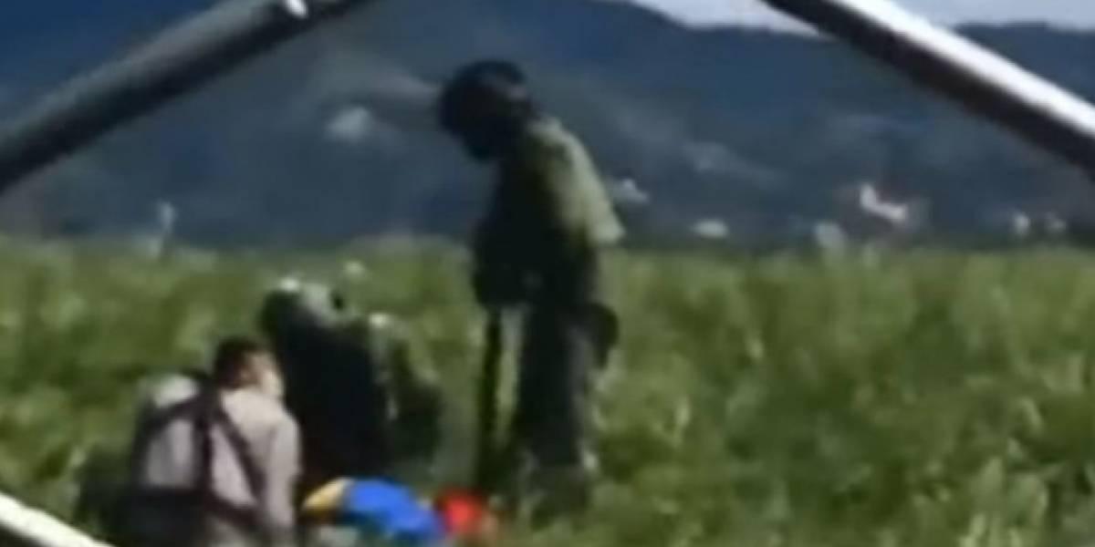 La tristeza de tripulantes del helicóptero de donde se cayeron los dos militares