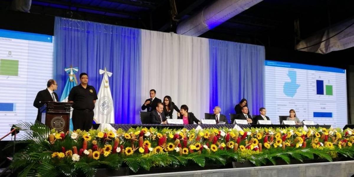 Guatemaltecos en Estados Unidos eligen como presidente a Giammattei