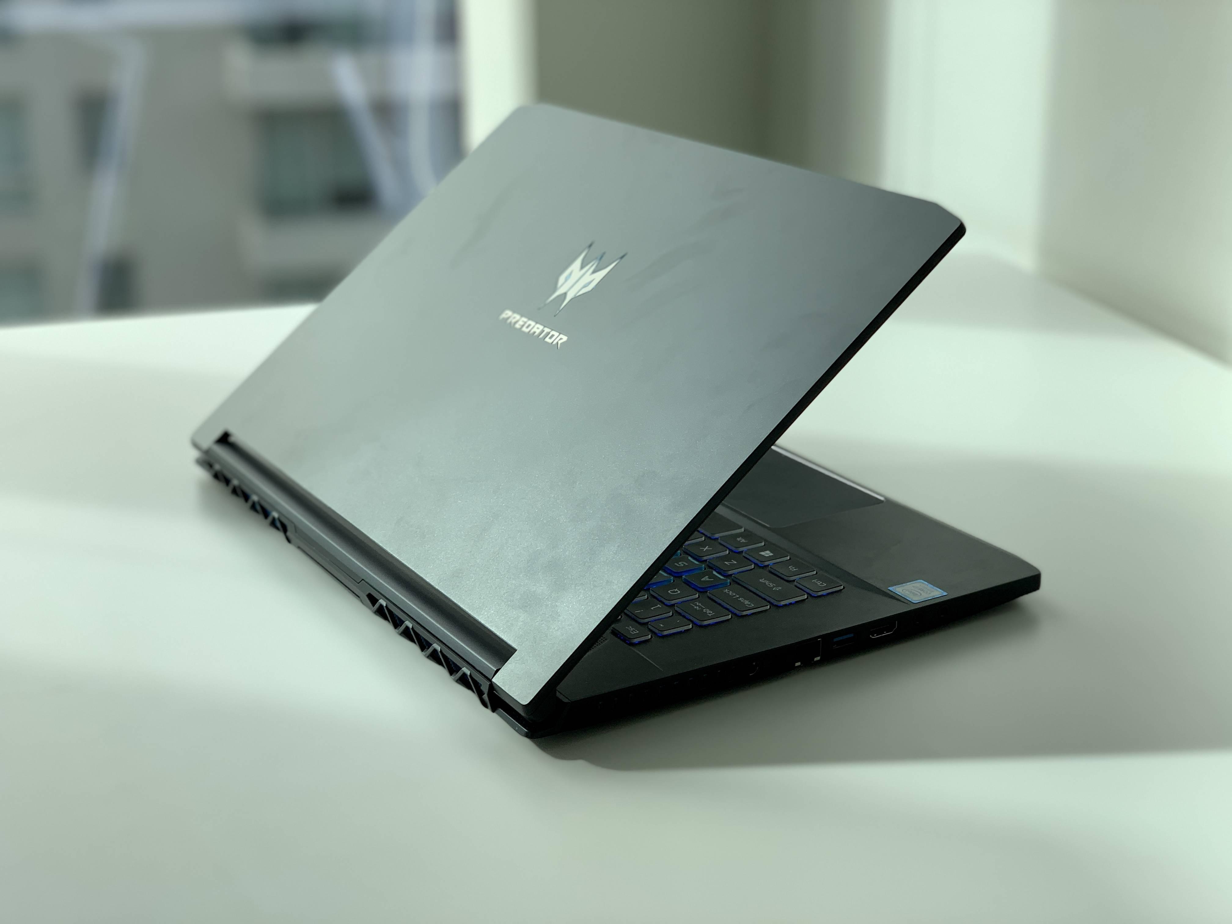 "Un laptop gamer ""redondo"": Review del Acer Predator Triton 500 [FW Labs]"