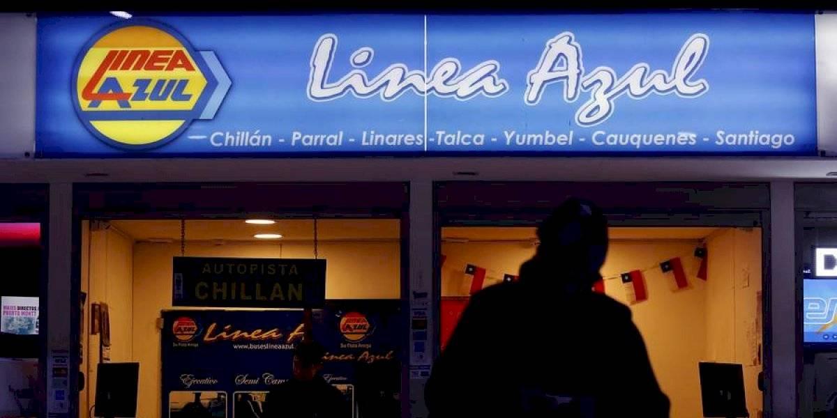 Sernac anuncia fiscalización para que empresa Línea Azul devuelva plata de pasajes tras cancelación de servicios