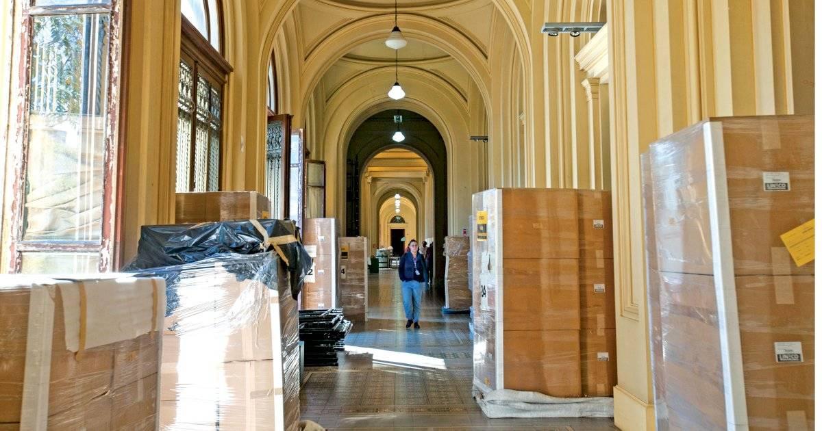 Durante a visita, algumas obras ainda estavam encaixotadas, aguardando remoção André Porto/Metro