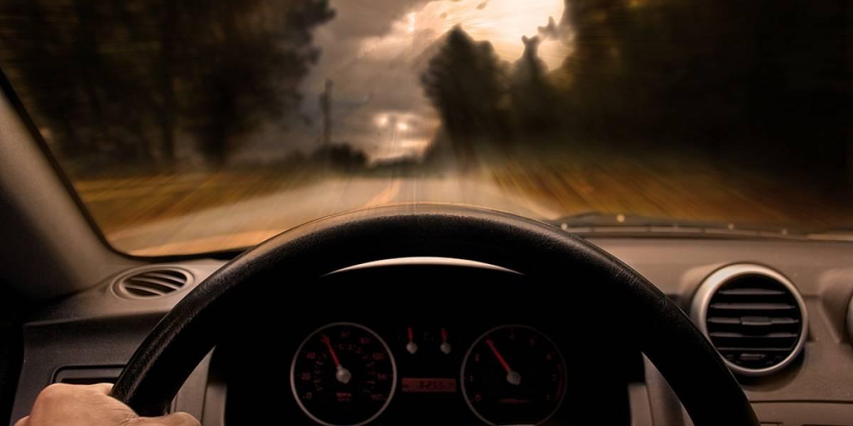 Tips para tomar el control del auto en una curva