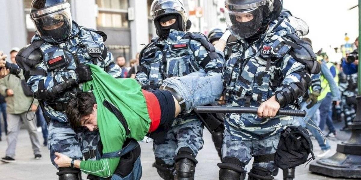 Vladimir Putin resta importancia a las protestas en Moscú